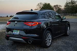 Alfa Romeo Stelvio Versions : first drive alfa romeo stelvio the leaning tower of alfa romeo ~ Medecine-chirurgie-esthetiques.com Avis de Voitures
