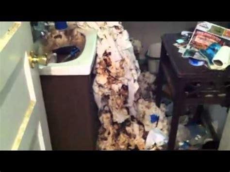landlord inspects hoarder house psychologyhoarders
