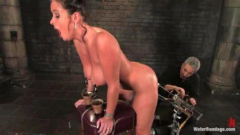 Wb Christina Porn Spankbang
