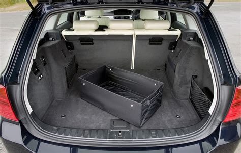 bmw  series touring   features equipment