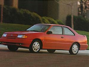 1993 Ford Tempo Overview