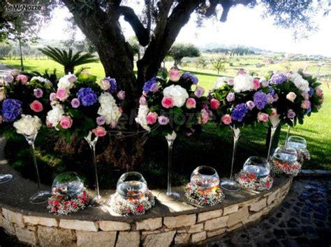 Addobbi Giardino Per Matrimonio addobbi floreali multicolor per un matrimonio in giardino