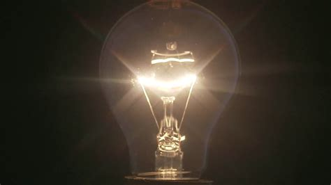 Leuchtet Eine Glühbirne by Leuchten Elektrizit 228 T Gl 252 Hbirne Rf 653 829 000