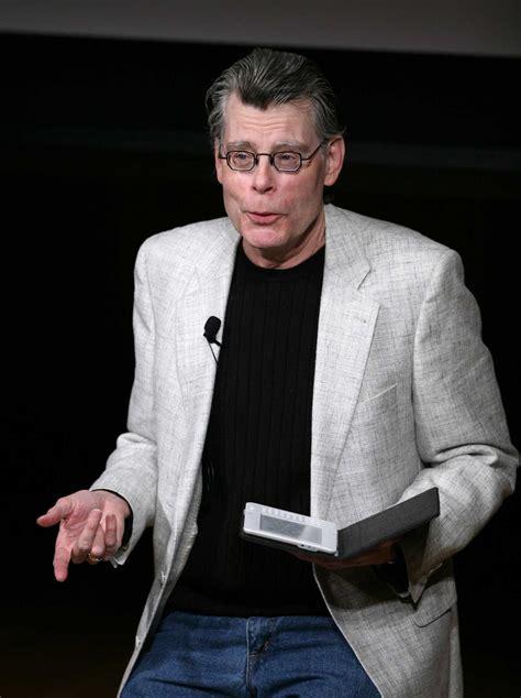 author stephen kings plea  texans dont  elect ted cruz