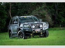 TJM Outback Bull Bar suit Toyota Landcruiser 200 Series