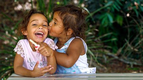 preschoolers 3 5 years raising children network 393   preschoolers landing hero