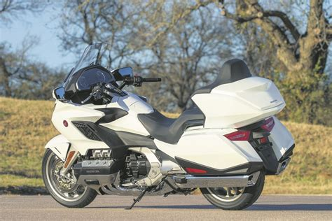 Review Honda Goldwing by Honda Gl1800 Goldwing 2018 On Review Specs Prices Mcn