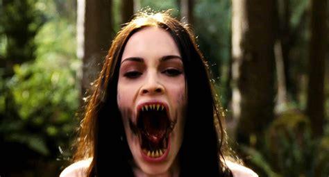 Jennifers Body Comedy Horror Megan Fox Dark Demon Vampire Wallpaper X