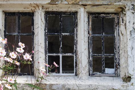 window distressed  stock photo public domain