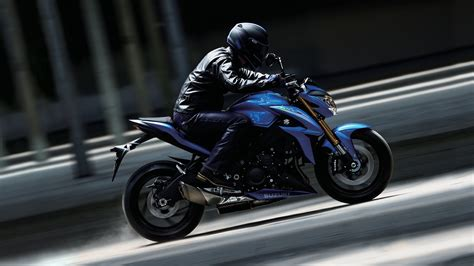 suzuki gsx  top speed