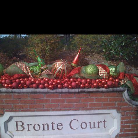 neighborhood entrance christmas decorations 18 best neighborhood entrance ideas images on