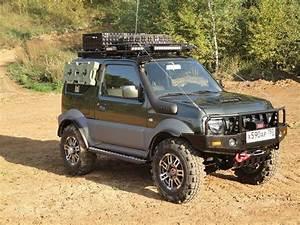 4x4 Suzuki Jimny : 17 best ideas about suzuki jimny on pinterest jeep camping jeep wrangler unlimited ~ Melissatoandfro.com Idées de Décoration
