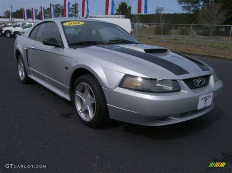 2001 ford mustang coupe silver metallic 2001 ford mustang gt coupe exterior photo