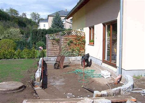 Terrasse Tiefer Als Garten by Terrassenumrandung Wie Gestalten Einfassung Oder Mauer