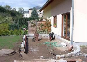 Terrassenmöbel Für Kleine Terrassen : terrassenumrandung wie gestalten einfassung oder mauer ~ Markanthonyermac.com Haus und Dekorationen