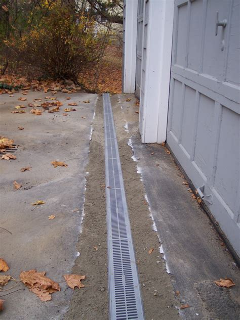 drainage for driveway water drainage driveways images
