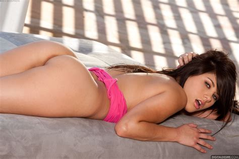 Shyla Jennings 053 Naughty Wallpaper Collection Part 2