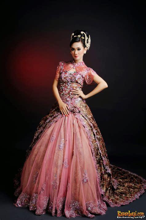 kumpulan foto model baju busana kebaya batik kebaya