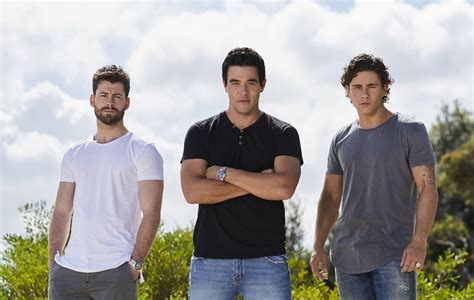 Home And Away : Home And Away Is On A Christmas Break