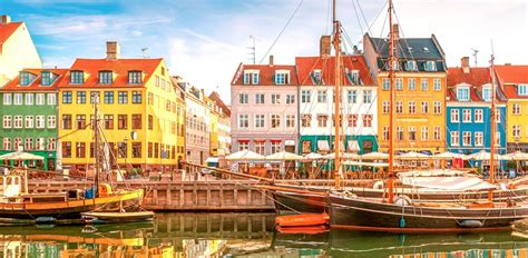 Sigue en vivo la cobertura minuto a minuto y el resultado del partido de la eurocopa 2021, correspondiente a la jornada 1 del grupo b, que enfrenta a las selecciones de dinamarca y finlandia. Dónde alojarse en Copenhague, Dinamarca - Mejores Zonas