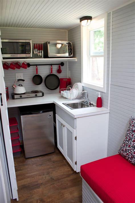 Best 25+ Red Kitchen Decor Ideas On Pinterest Small