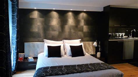 créer canapé rénovation d un petit espace comme une chambre d hôtel
