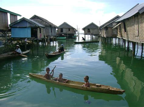 bajo   ocean visit indonesia