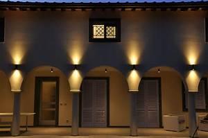 Up And Down Lights : wall lights design best architectural up and down outdoor wall lights ideas up down wall ~ Whattoseeinmadrid.com Haus und Dekorationen