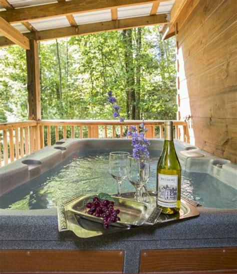 carolina cabins with tubs paint creek lodge 5 bedroom log cabin with tub