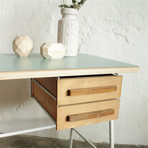bureau chrome bureau vintage chrome atelier du petit parc
