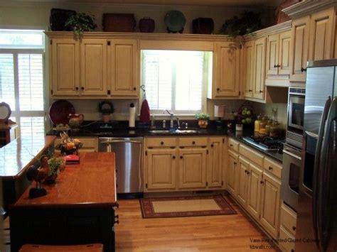 white kitchen cabinets  glaze glazed cabinets