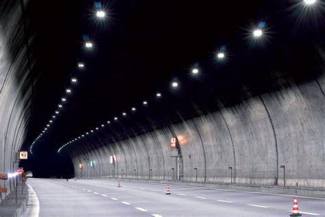 illuminazione gallerie l illuminazione a led nelle gallerie strade autostrade