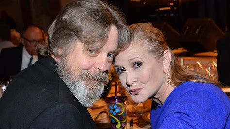 exclusive mark hamill honors carrie fisher  star wars