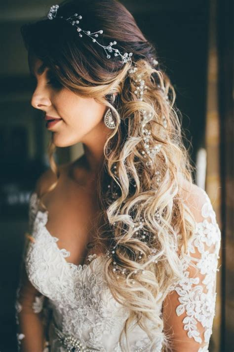 20 Drop dead Bridal Hair Styles & Wedding Accessories