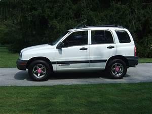 skweak96 2001 Chevrolet Tracker Specs, Photos