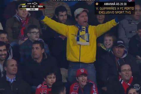 VIDEO: Estoril fan celebrates goal against Benfica on his own