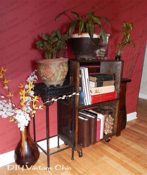 What do you get when you have a wine crate and an old fold up table? DIY Vintage Chic: Vintage Wine Crate Side Table