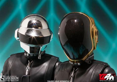 Daft Punk: Thomas Bangalter Collectible Figure by Tamashii ...