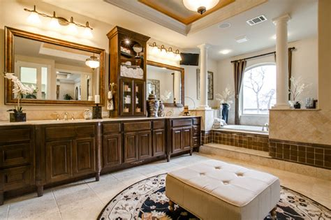 toll brothers traditional bathroom dallas  je