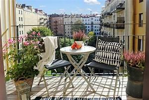 Ideen Zur Balkongestaltung : 77 praktische balkon designs coole ideen den balkon originell zu gestalten ~ Markanthonyermac.com Haus und Dekorationen