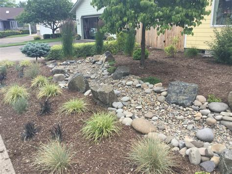 landscaping drainage ideas best dry creek bed landscaping ideas home design ideas build dry creek bed landscaping drainage