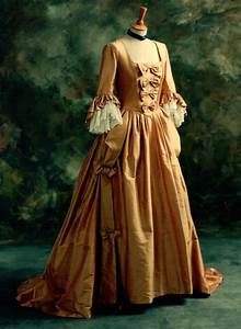 Gold eighteenth century alternative wedding dress for Origin of white wedding dress