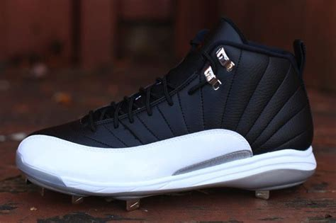 air jordan  retro metal playoffs baseball cleat