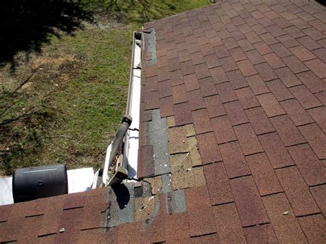 Reliable Toronto Roof Inspection And Maintenance Service Cost To Fix A Roof Replace Asphalt Shingle How Put Over An Existing Deck Mount Attic Fan Honda Crv Rack Installation Roofing Companies In Richmond Va Miller Pa Red Inn Connecticut