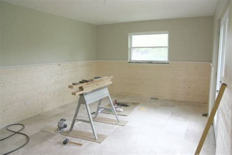Wainscoting Planks by Horizontal Plank Wainscoting For The Home