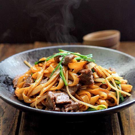 char siu pork chinese bbq pork asian recipes chinese cooking chow fun noodles