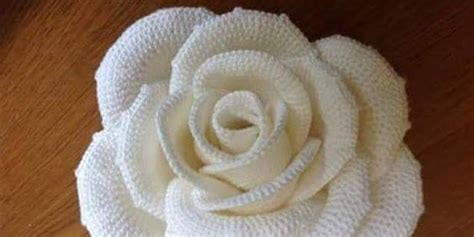 white rose  crochet pattern