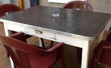 plateau pour table de cuisine table basse bois beton cire ezooq com
