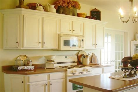 White Chalk Paint On Kitchen Cabinets   Thediapercake Home