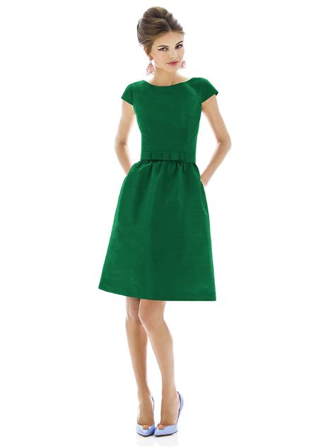 Beautiful Retro Dresses | WardrobeLooks.com